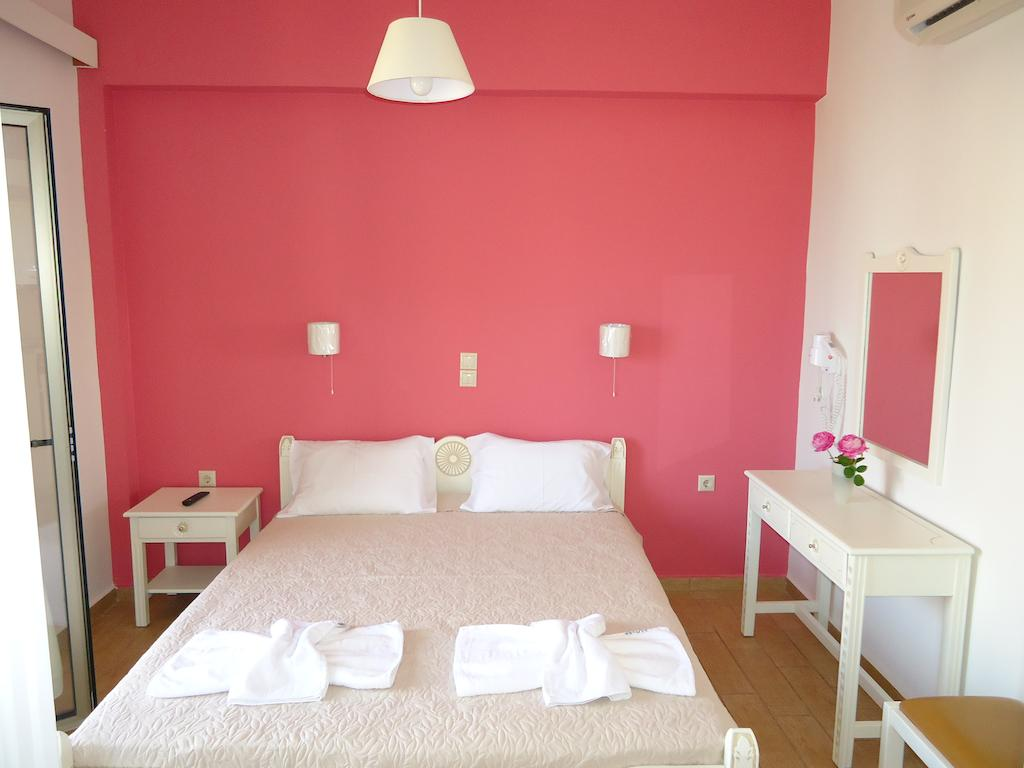 Three-bed apartment 33 sqm
